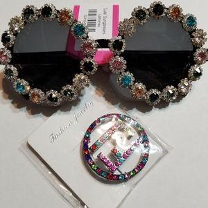 Sassy Jones - Sunglasses/w free brooch(no brand)